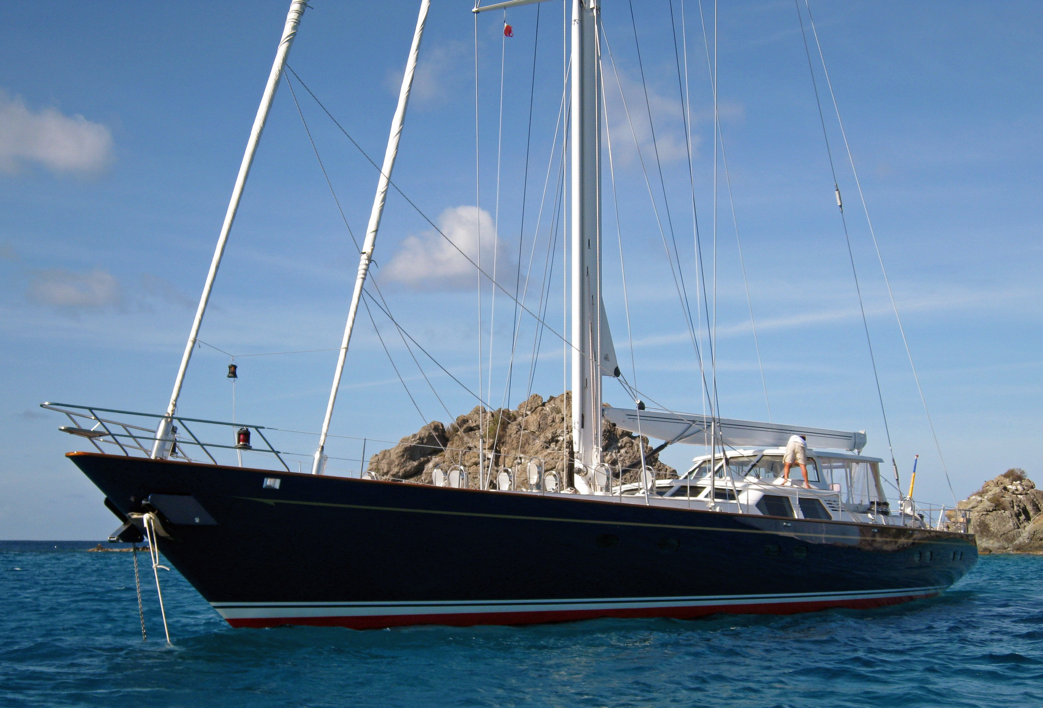 Yacht DANCE SMARTLY Palmer Johnson Yachts CHARTERWORLD